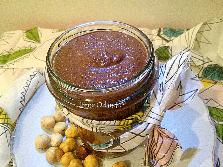crema-nocciole-cacao-vegan.jpg