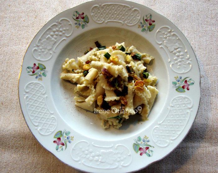 pasta-crema-carciofi-cipollotto-fritto5