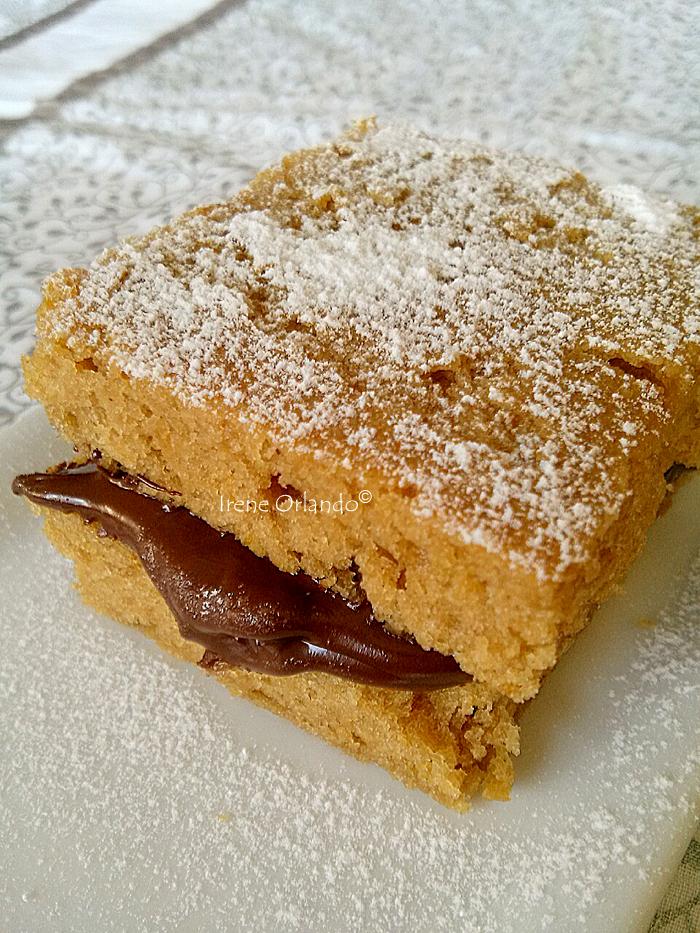 Ricetta Vegan Pan di Spagna Vegan ripieno di crema cacao fondente