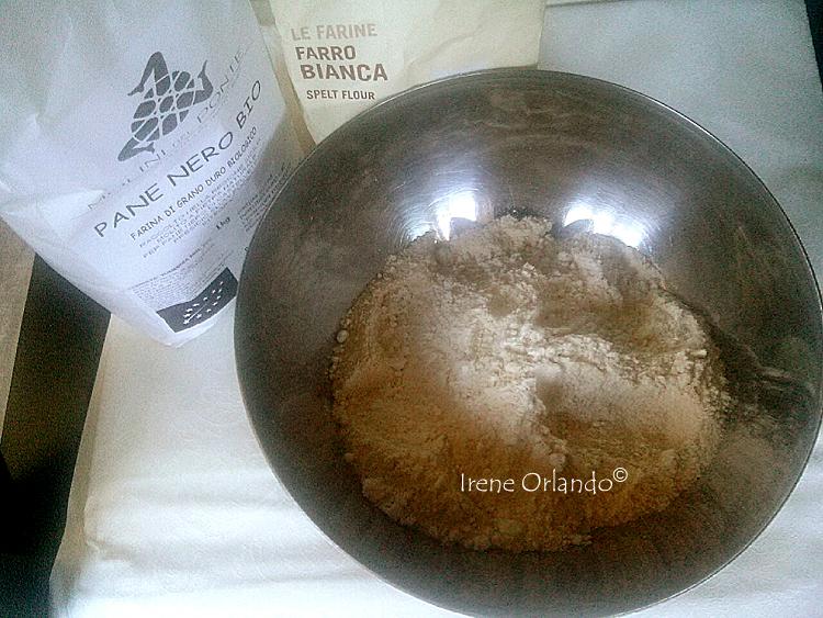 Pasta Brisè Vegan senza burro - Ciotola con le farine mischiate