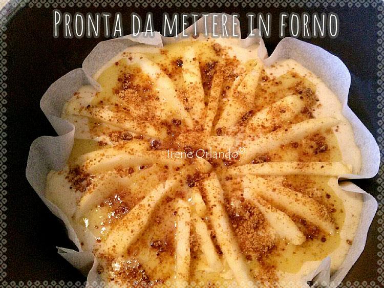 Ricetta della Torta soffice con Crema Gialla Vegan e Mele - Preparazione completata - Prima di essere infornata
