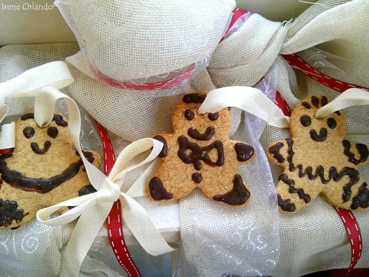 Ricetta dei Biscotti Pan di Zenzero con Cannella e Vaniglia - Foto di insieme per rendere l'idea del loto aspetto